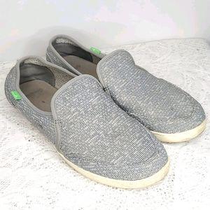 Sanuk pair O Dice loafer slip on flats sz 11